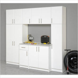 Deluxe Garage Workshop / Laundry Unit